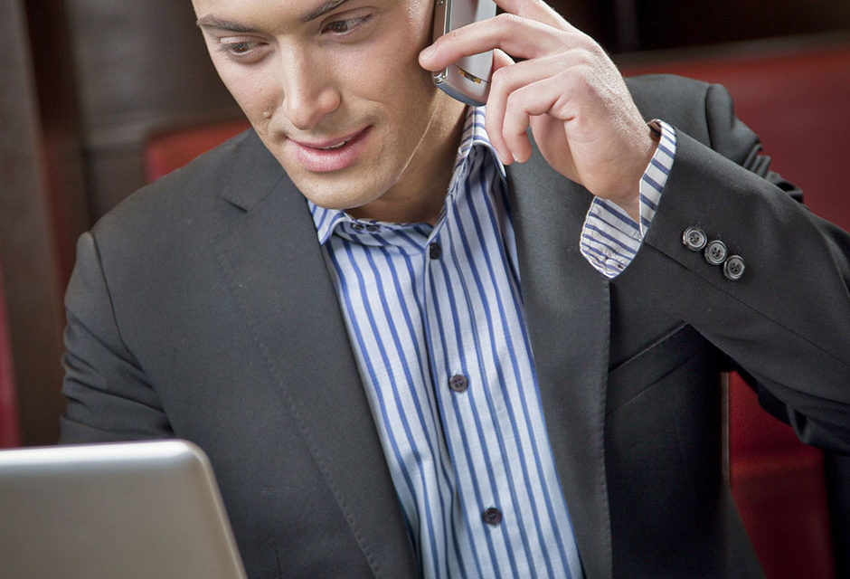 25 PROFESSIONAL VOICEMAIL GREETINGS TO HELP YOU RECORD THE PERFECT ONE