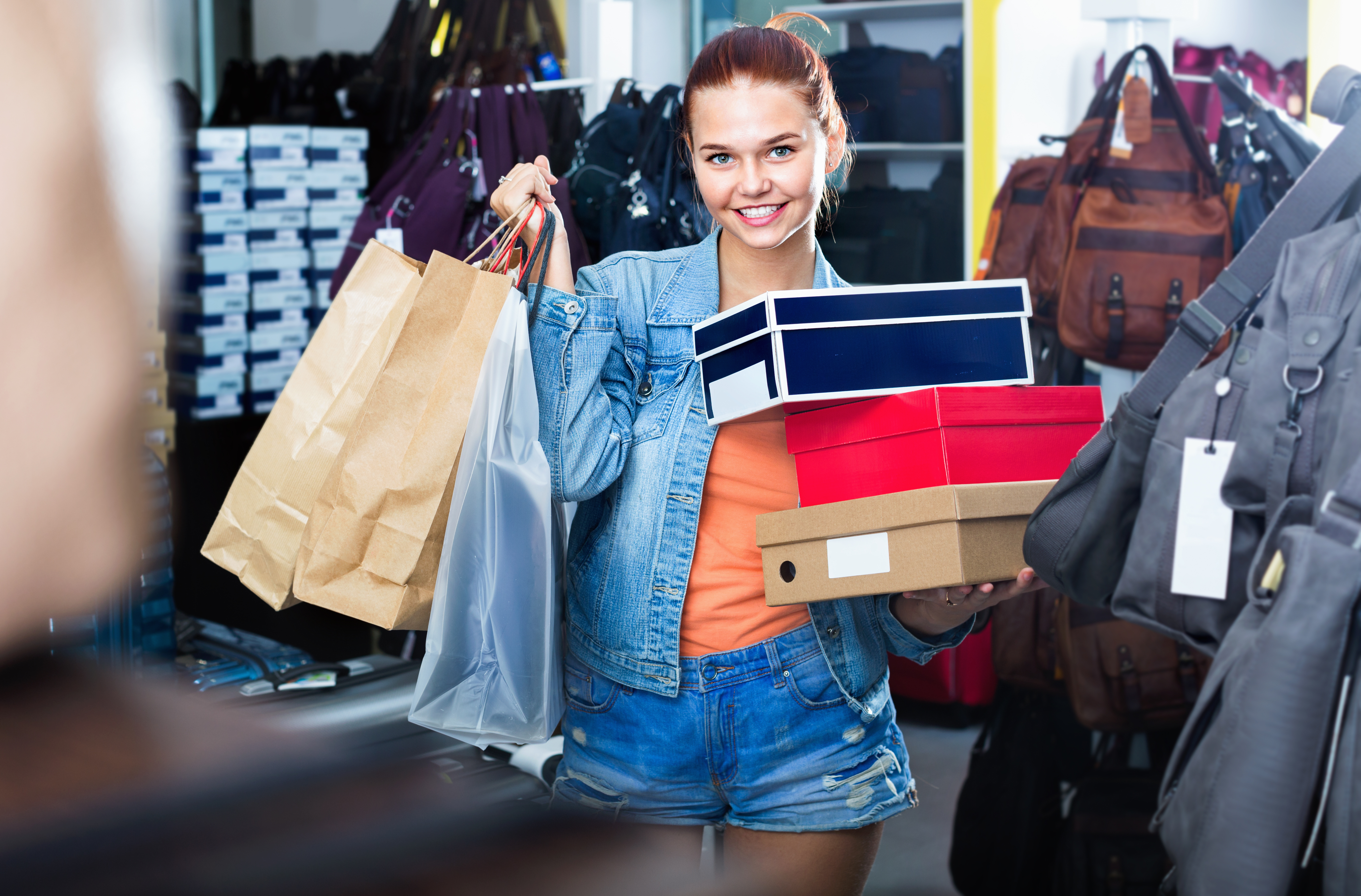 online shopping versus traditional brick and mortar Qiara perez: i believe that personal preference takes precedence when one decides whether they would like to shop in a traditional brick-and-mortar store or online i understand the benefits that.