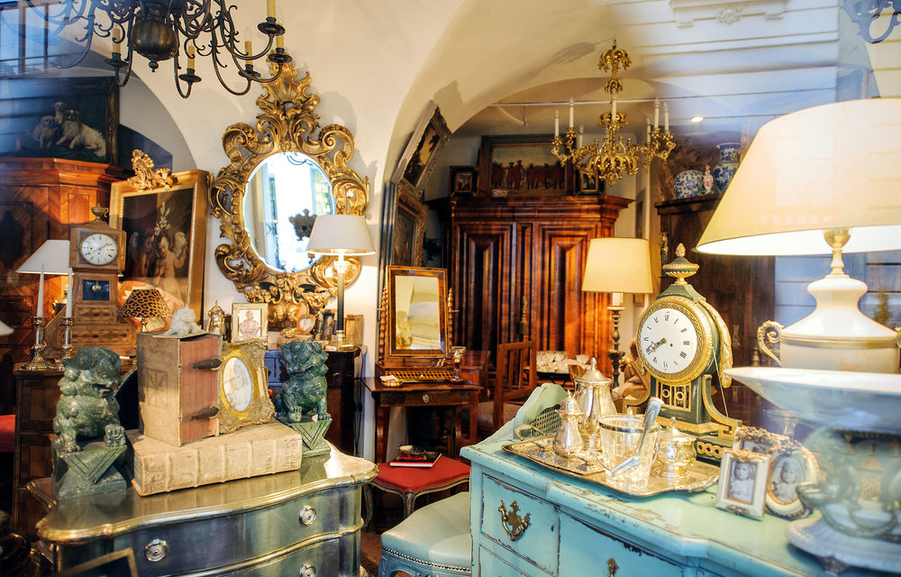 ANTIQUES/COLLECTIBLES AND USED FURNITURE MARKETS 2018
