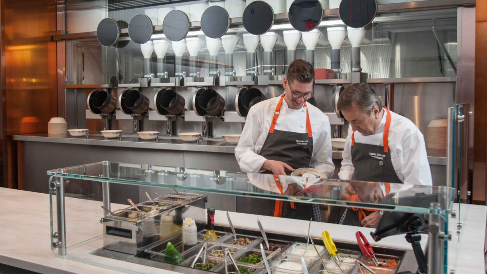 A RESTAURANT IN BOSTON HAS REPLACED CHEFS WITH ROBOTS