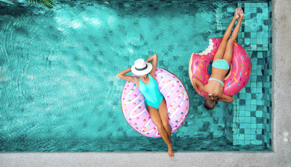 ADVERTISING STRATEGIES FOR OUTDOOR LIVING: SWIMMING POOLS, HOT TUBS ...