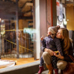 ADVERTISING STRATEGIES FOR LATE HOLIDAY SHOPPING 2018: RETAIL SECTORS REVIEW