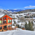 "ASPEN SNOWMASS, SMUGGS' LEAD SKI'S ""RESORTS OF THE YEAR"""