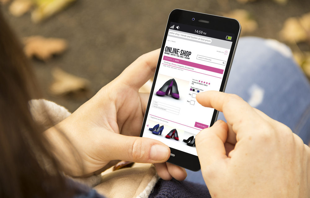 SMARTPHONES WILL ACCOUNT FOR MORE THAN ONE-THIRD OF ECOMMERCE SALES IN 2019