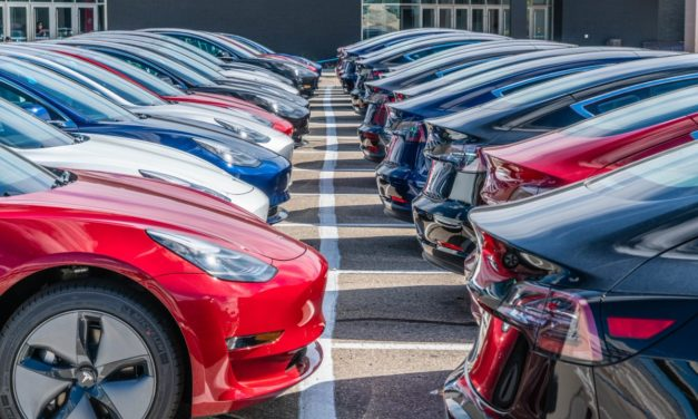 TESLA SPENDS $0 ON ADS, STILL TOPS AUTOMAKERS IN ORGANIC ENGAGEMENT: REPORT