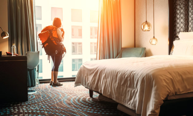 ADVERTISING STRATEGIES FOR HOTELS & RESORTS INDUSTRY 2019