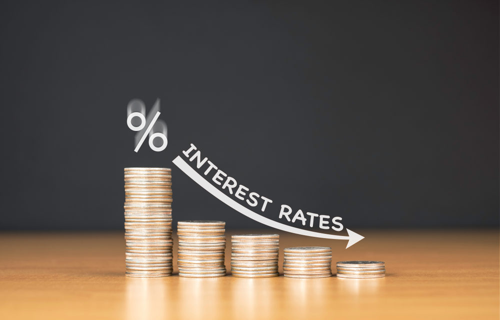 Interest Rates Fall as Car and Mortgage Growth Slows for CUs