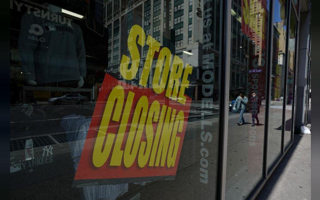 U.S. Retail Sales, Factory Output Sink as Coronavirus Batters Economy