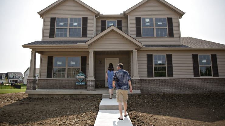 Mortgage Demand from Homebuyers Jumps 18%, As Interest Rates Set Another Record Low