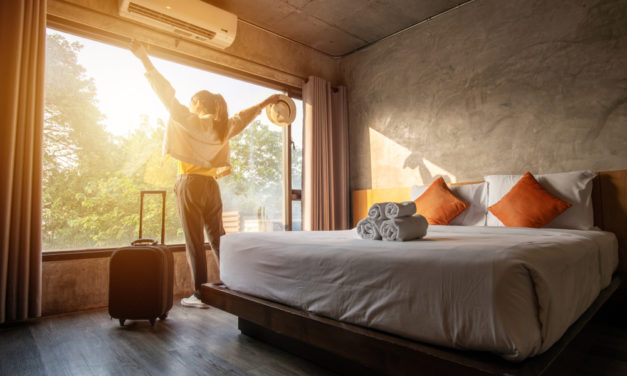 Advertising Strategies for Hotels & Resorts Industry 2020