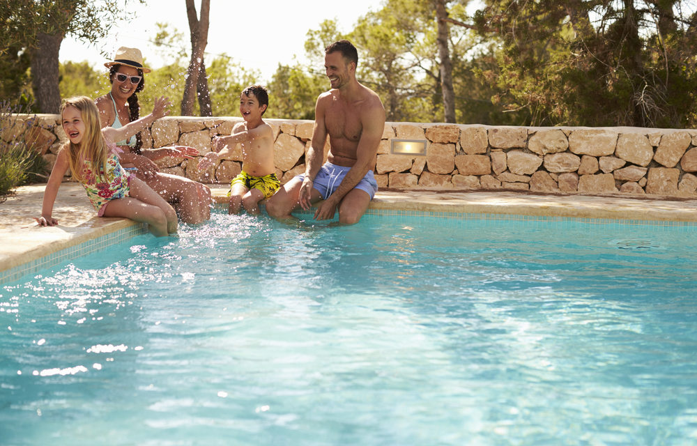 Outdoor Living: Swimming Pools, Hot Tubs and Spas 2020