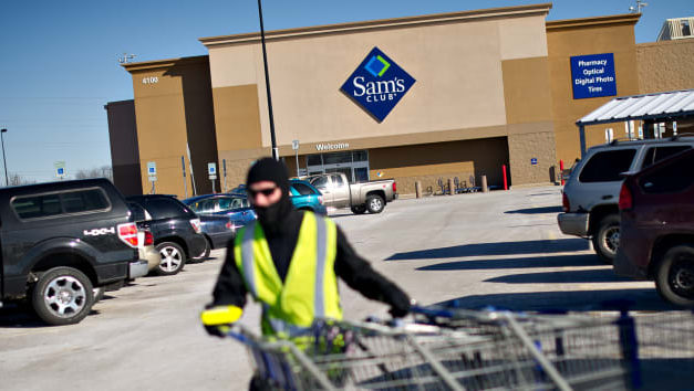 Smaller Hams, Downsized Desserts: Sam's Club Adds Petite Packs as Americans Plan Smaller Holiday Gatherings During Pandemic