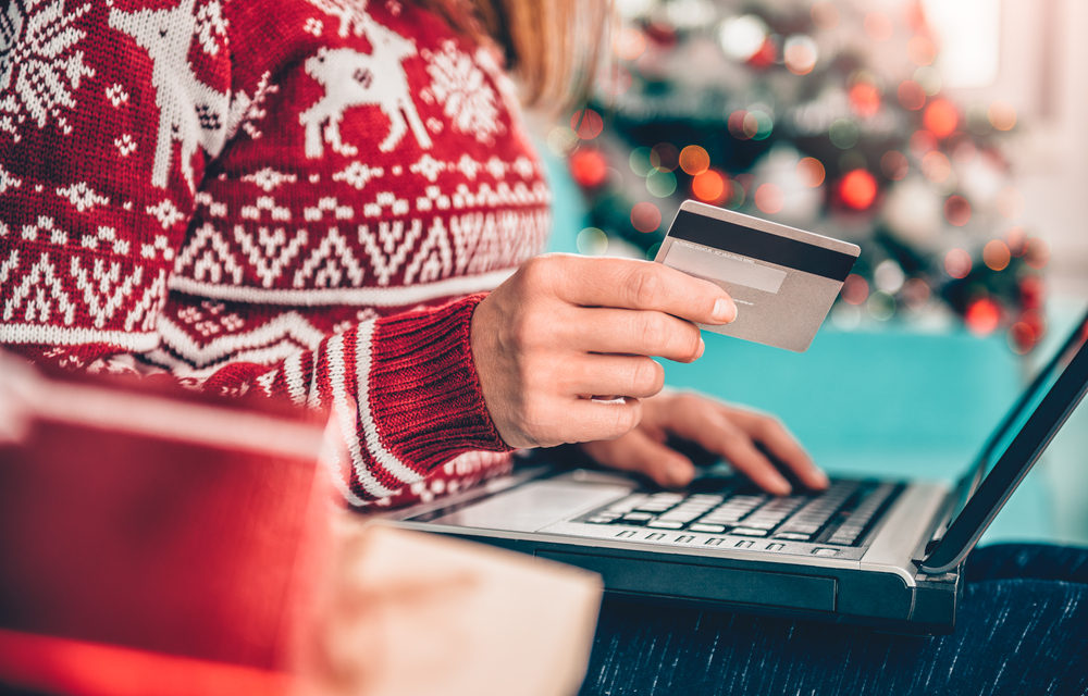 Late Holiday Shopping 2020: Crowds of Shoppers – Online